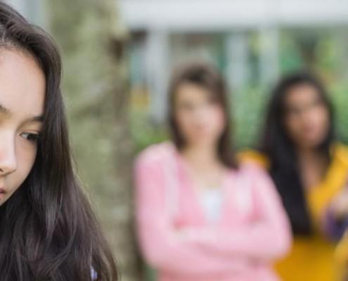 harcelement-scolaire-adolescent